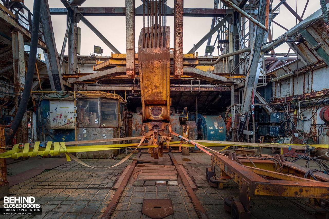 brent-delta-oil-rig-19.jpg
