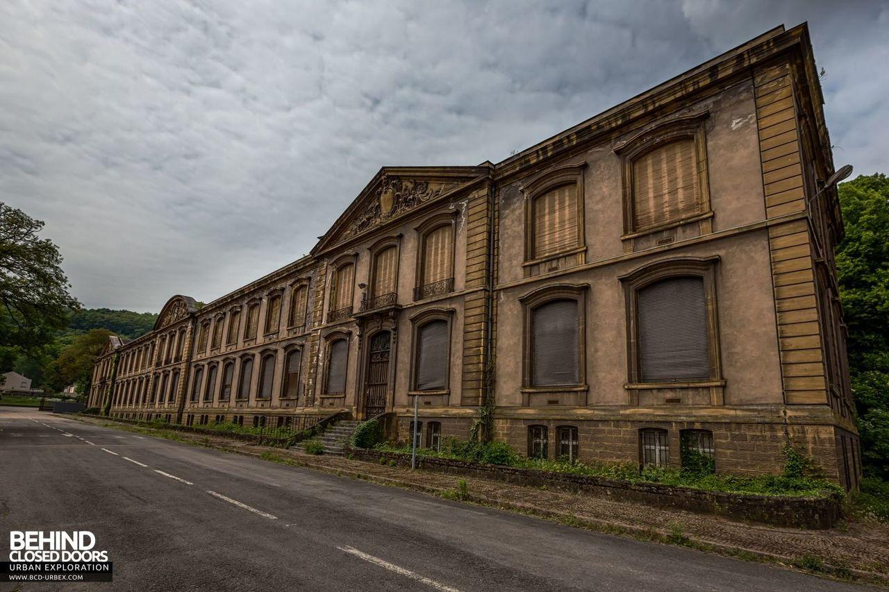 bureau-central-steel-works-offices-florange-10.jpg