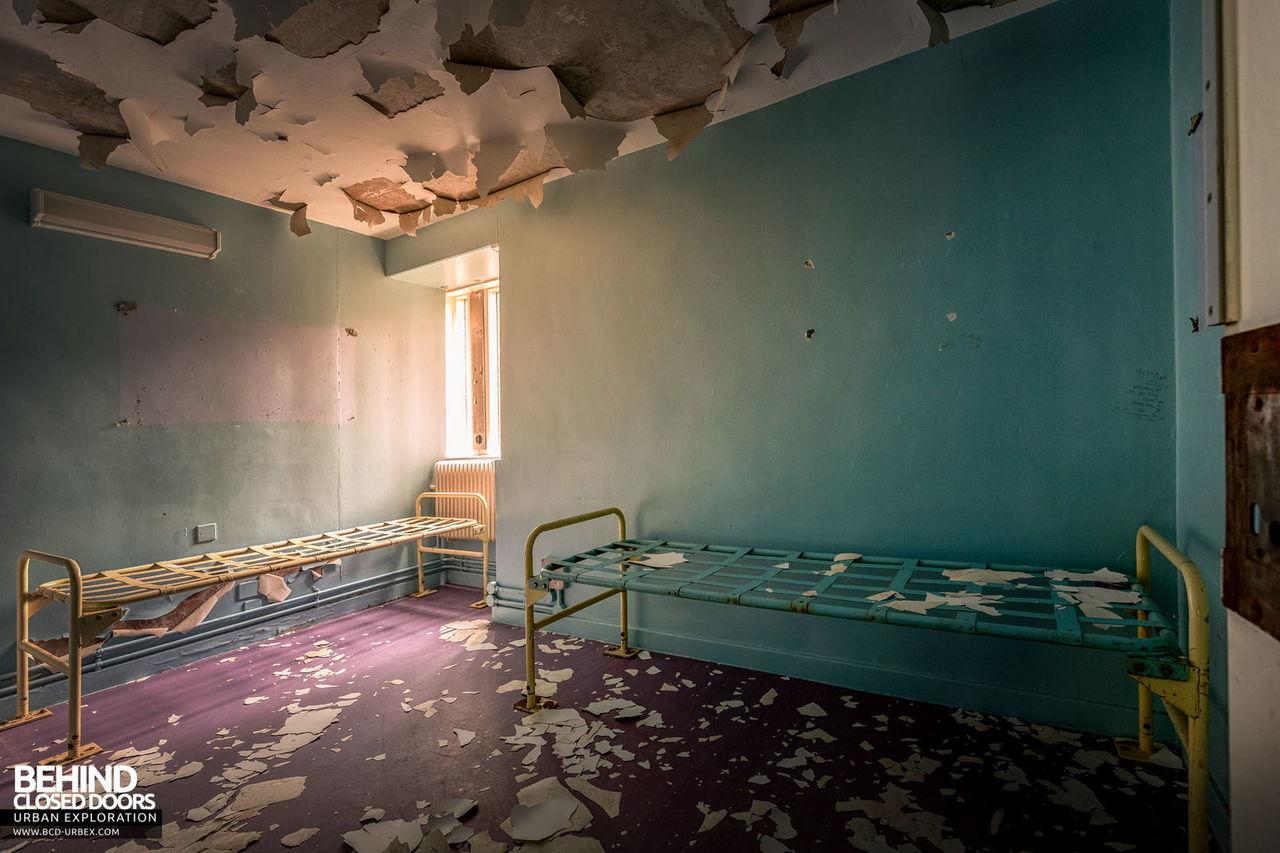 holloway-prison-13.jpg