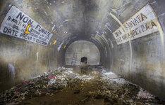Abandoned bomb shelter-4.jpg